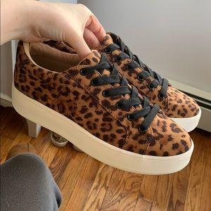 Brand new steve madden leopard print sneakers